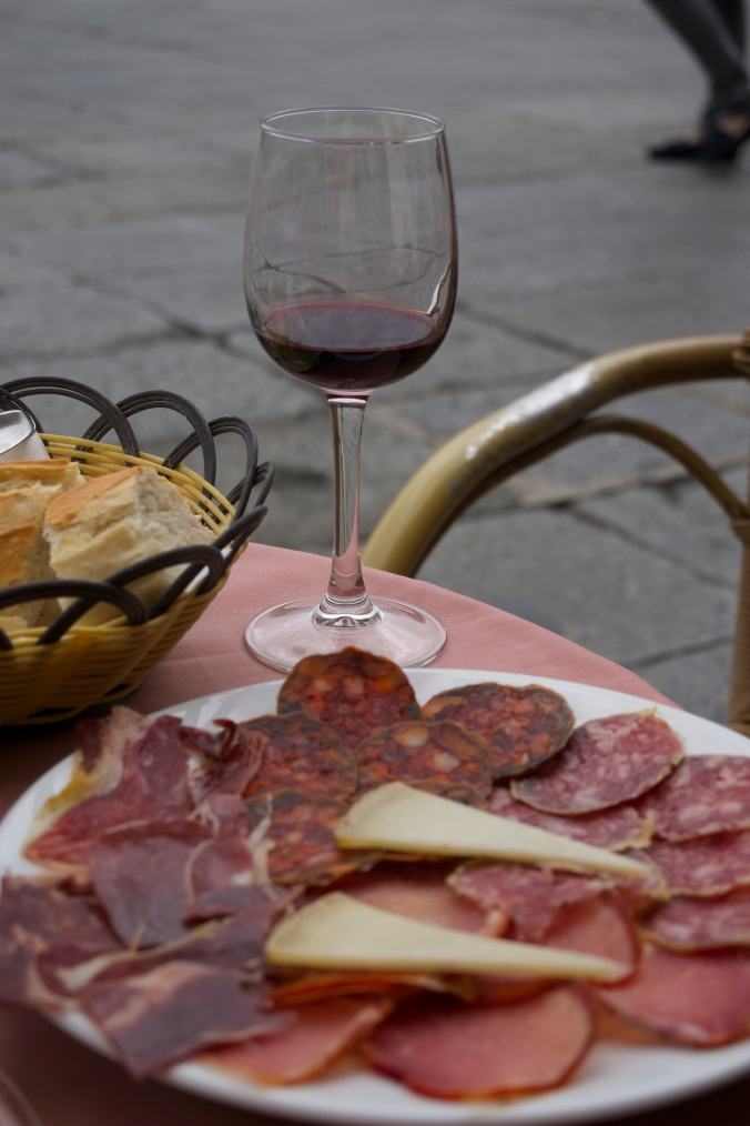 The perfect lunch in an overcast Salamanca